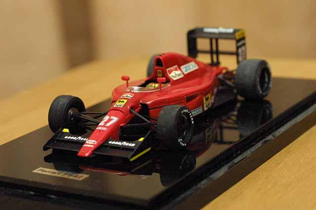 フェラーリ 642